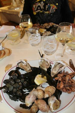 Saint-Valery-en-Caux, France : Heerlijk gegeten Reastaurant du Port op 01-05-2012