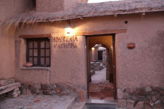 Yavi, Argentina: L'entrée de l'hosteria