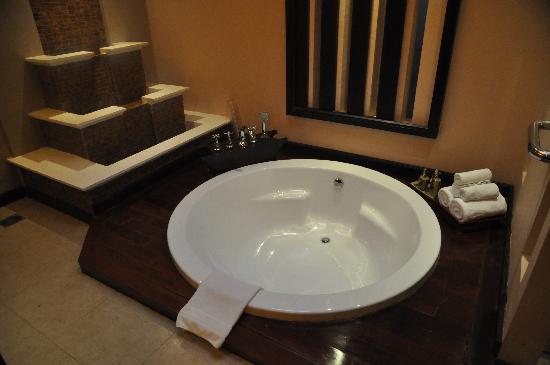 Siripanna Villa Resort & Spa: our room