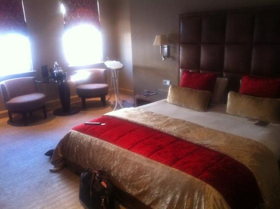The May Fair Hotel: room