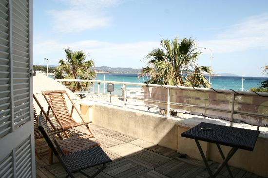 Le Marina B: NIce private terrace with superb view