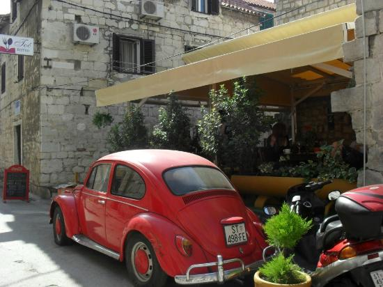 Bistro Toc: the VW