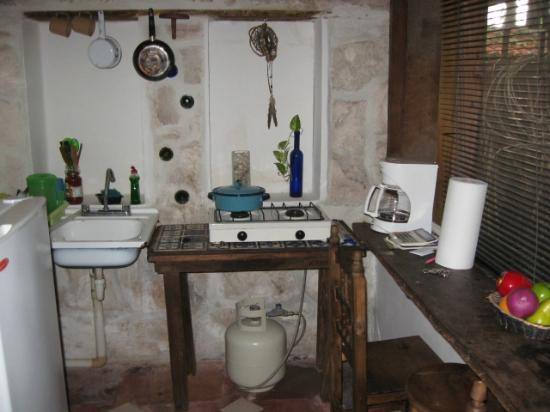 Casitas Kinsol: Kitchen in #7