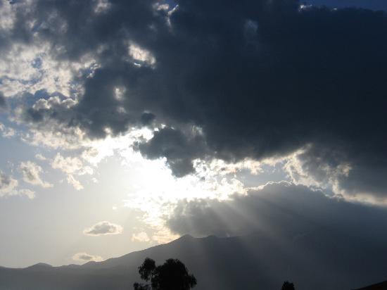Circumetnea Railway: nuvole sull'etna