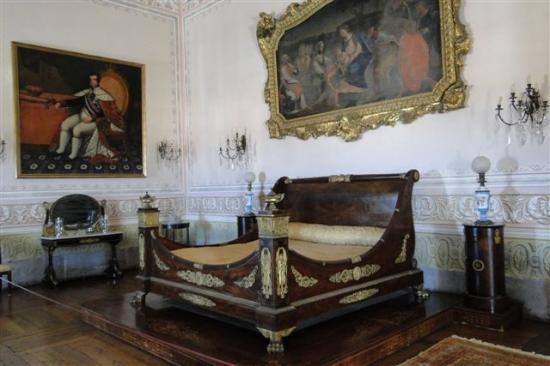 Palacio Nacional de Mafra: ...ein Schlafzimmer....