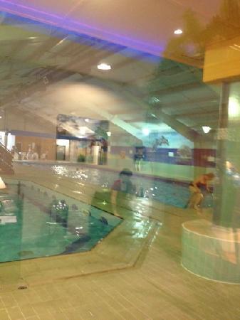 Hunters Quay Holiday Village : swimming pool with sauna