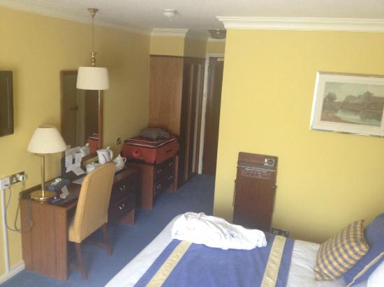 George Hotel : room 203 from the window. Wall mounted LCD TV just out of shot