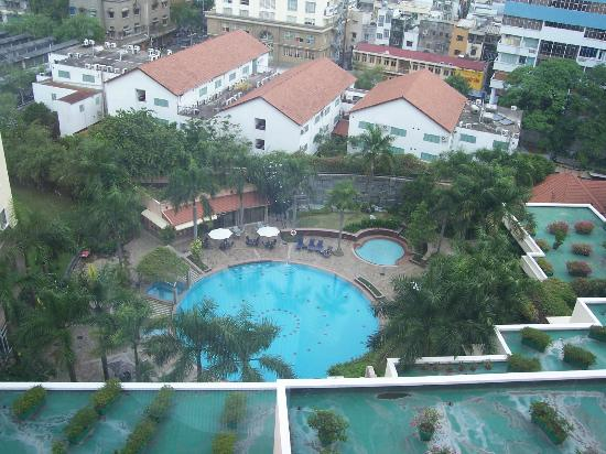 Lotte Legend Hotel Saigon: Pool view from 10th floor