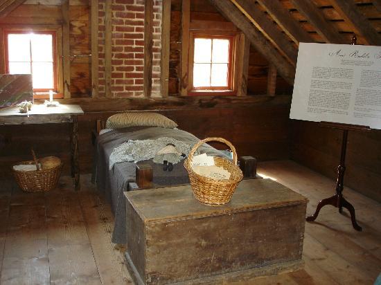 Surratt House Museum: Attic Room.