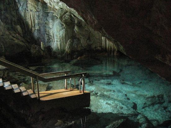 Grotto Bay Beach Resort & Spa: Cave swimming