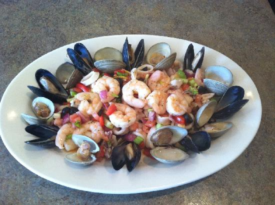 Gianna's Restaurant : Seafood Salad