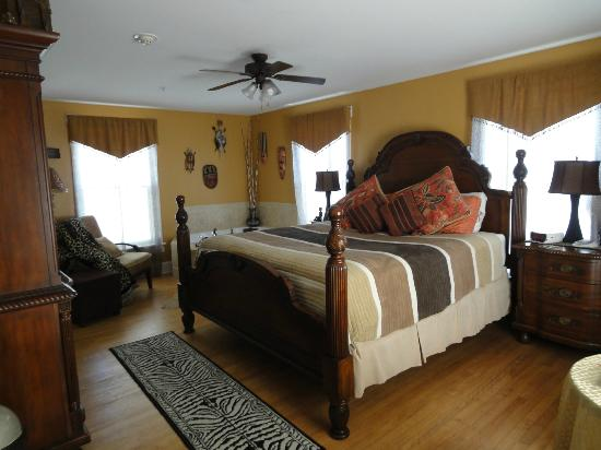 August Seven Inn Luxury Bed and Breakfast: The 1022