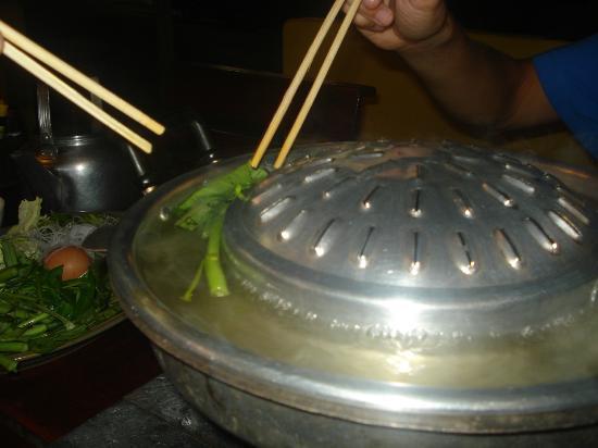Ohlala: Cociendo las verduras y los noodels