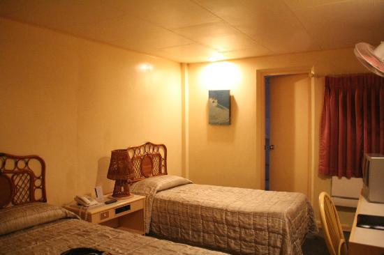 Hotel Cesario: room.