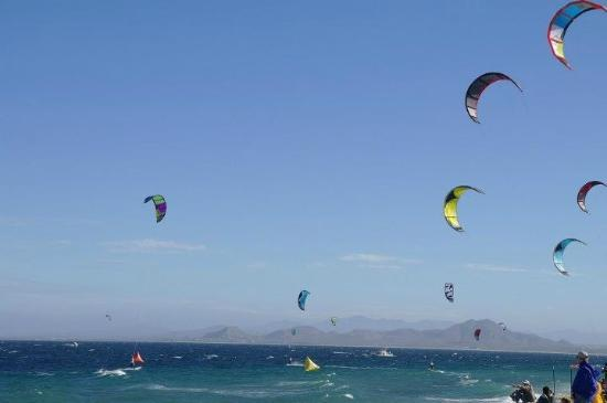 ExotiKite Kiteboarding School
