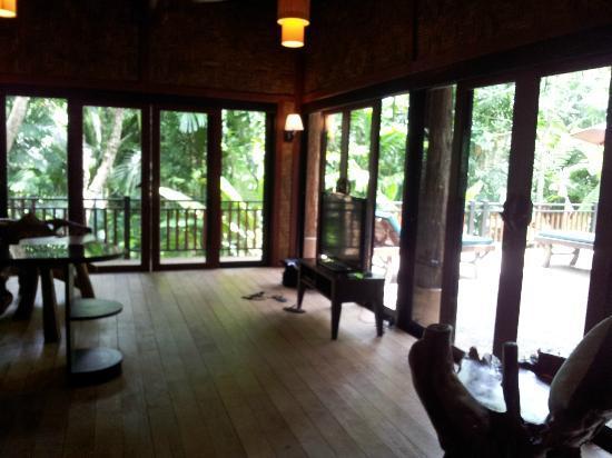 Somkiet Buri Resort: Common Room
