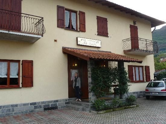 Lenno, Italia: Il Cris Ristorante entrance