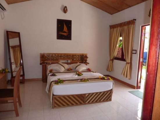 Hudhu Raakani Lodge