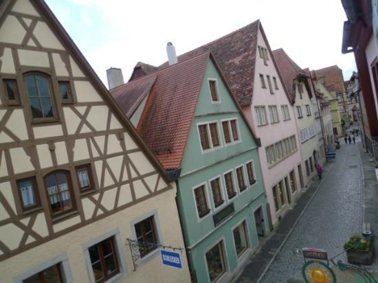 Hotel und Gasthof zur Sonne: town view