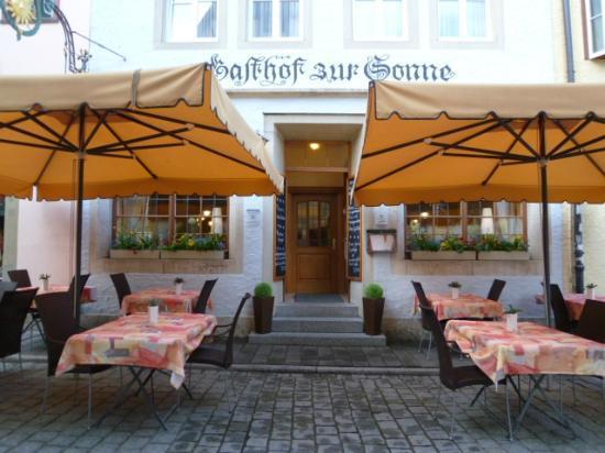Hotel und Gasthof zur Sonne: entrance