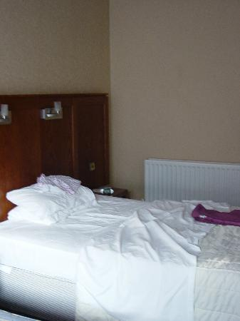 Mount Errigal Hotel : One double bed