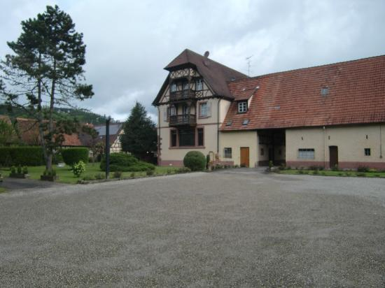 Auberge du Cheval Blanc : Cour