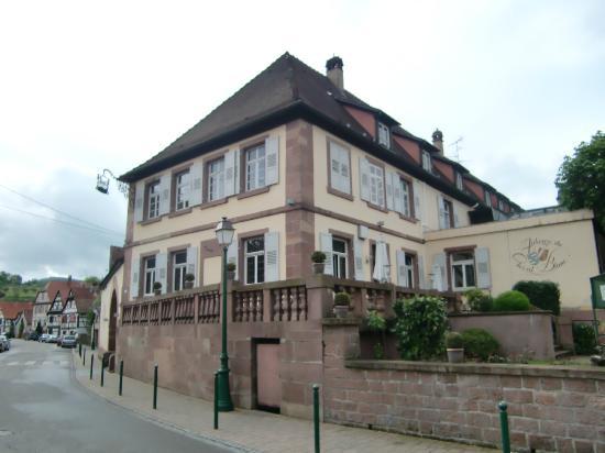 Auberge du Cheval Blanc : Facade