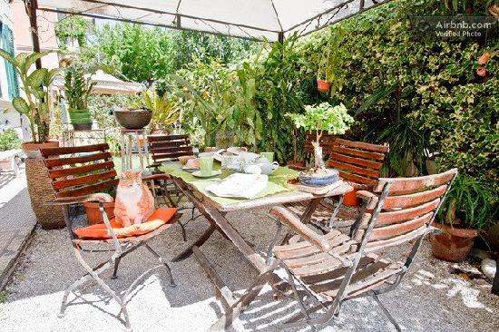 Casa Fornaciari B&B: Il giardino
