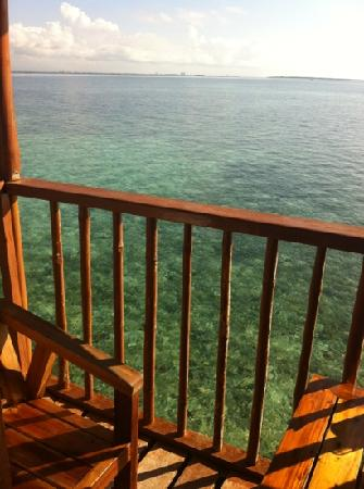 Nalusuan Island Resort : the balcony view