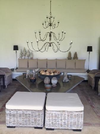 Paradise Road The Villa Bentota: plenty of lounge space