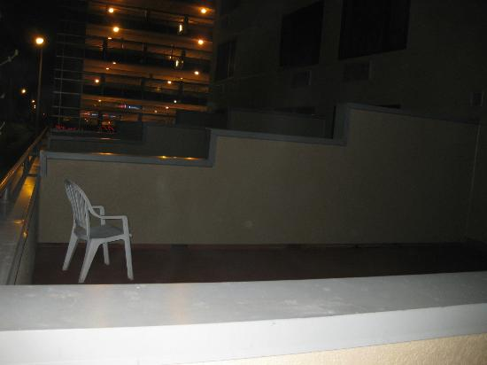 Kahler Inn and Suites: Balcony