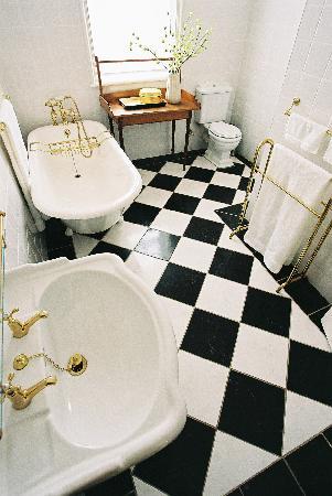 Die Ou Pastorie - De Hoop: Bathroom