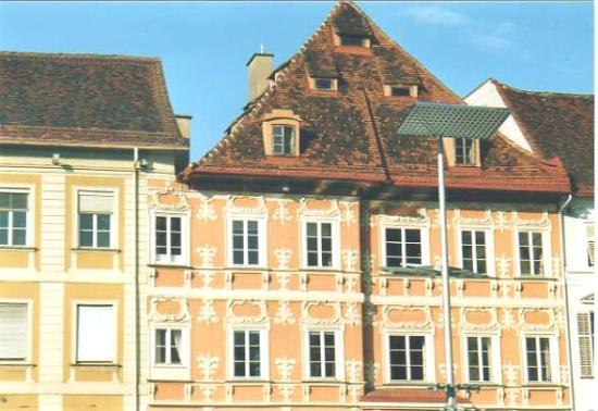 Hauptplatz: casa Luegg