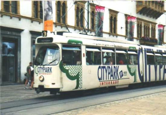 Hauptplatz: tram