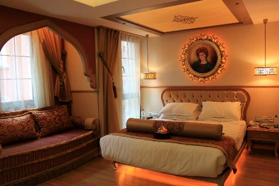 Hotel Sultania: the bedroom