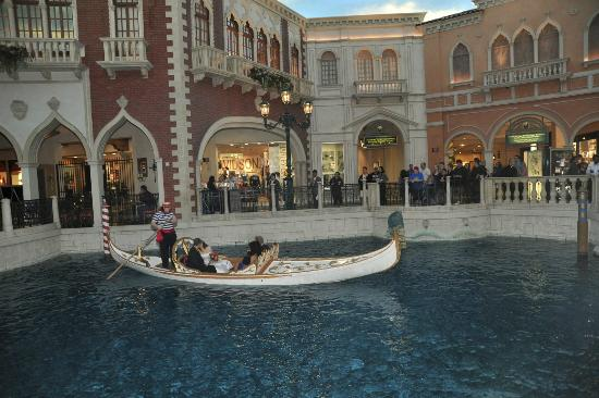 Weddings At The Venetian Gondola Wedding
