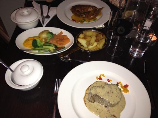 Willie Pa's Bar & Restaurant : fillet steak !