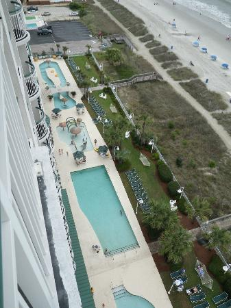 Hampton Inn & Suites Myrtle Beach/Oceanfront: View from Room of our pools