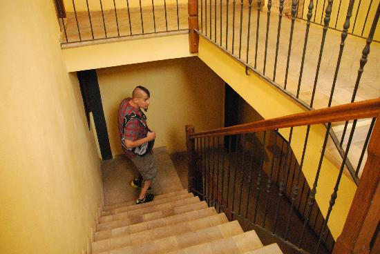 Osteria del Borgo: Stairs