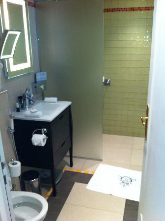 Majestic Hotel Spa: Toilet