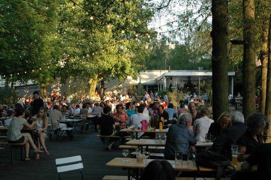 Cafe am Neuen See, Biergarten: Café am Neuen See, Berlin