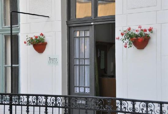 Pesto Hostel: main door