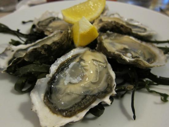 Le Grand Large : Lovely Oysters for dinner