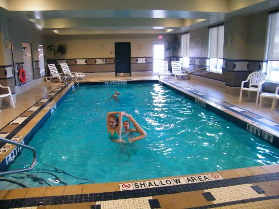 Holiday Inn Express Hotel & Suites Halifax Airport : heated pool