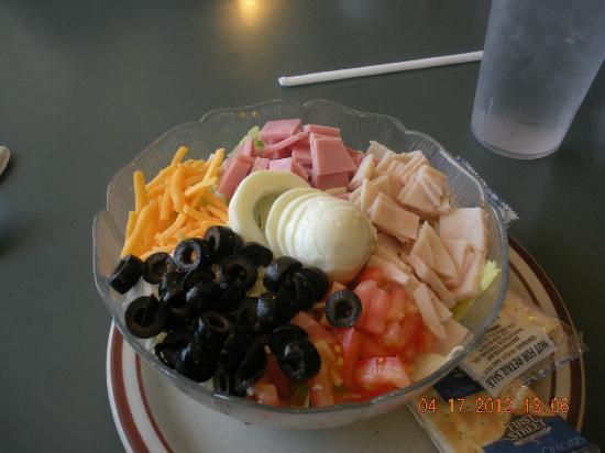V's Diner: Chef Salad