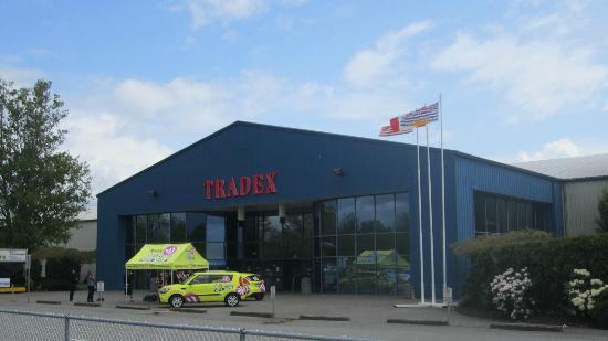 Tradex - Tradex & Exhibition Centre: Front entrance