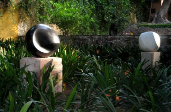 Posada Corazon: Esculturas