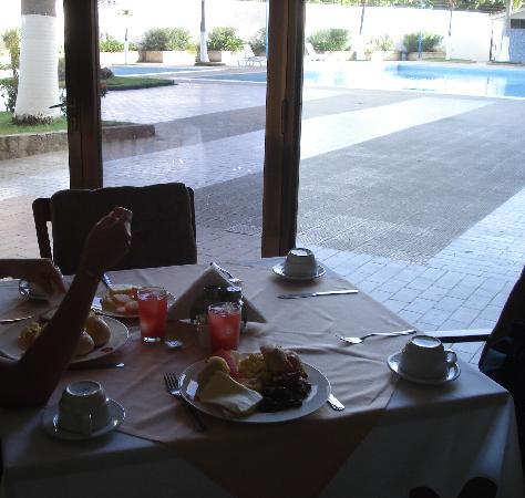 ホテル プエルタ デル ソル ポルラマル Image