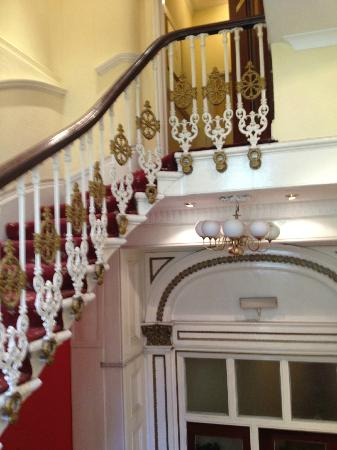 Kings Hotel : Pretty Staircase