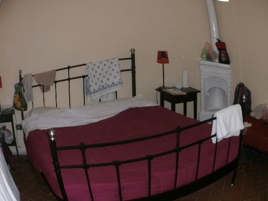 B&B Andy Florence: Наша большая кровать на двоих.